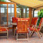 Terrasse mit Sitzgruppe aufwerten